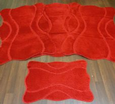 ROMANY WASHABLES NON SLIP MATS SUPER THICK XNEW FOR 2020 FULL SET 4PCS RED.